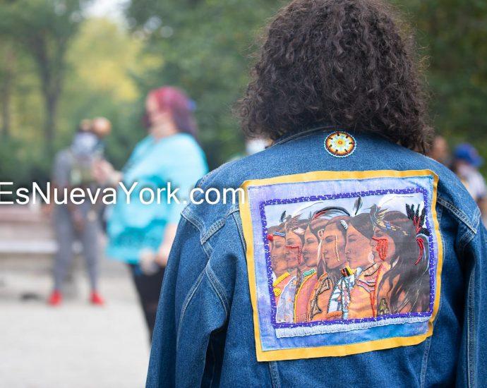 Domingo 11 de octubre de 2020. Manhattan, ciudad de Nueva York – 13° Día Anual de Recordatorio de los Pueblos Indígenas. Foto por Javier Soriano/www.JavierSoriano.com