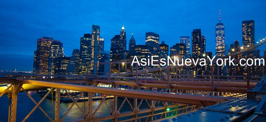 Octubre 2020. Ciudad de Nueva York - Bajo Manhattan visto desde el Puente de Brooklyn. Foto por Javier Soriano/www.JavierSoriano.com