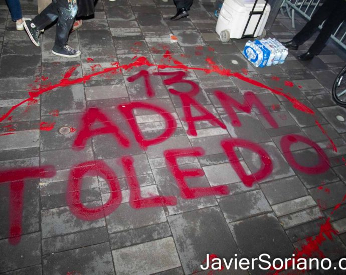 Friday, April 16, 2021. Brooklyn, New York City – The group Mexicanos Unidos and other activists gathered at Barclays Center in Brooklyn to demand justice for Adam Toledo. On Monday, March 29, 2021, Chicago police officer, Eric Stillman murdered Adam Toledo. Adam was a 13 years-old Latino boy. Photo by Javier Soriano/www.JavierSoriano.com